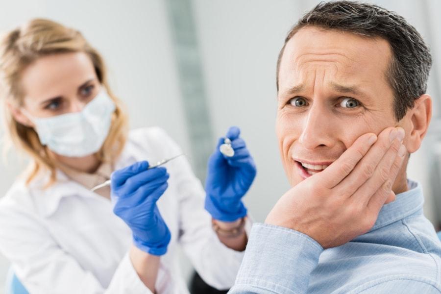 Лечение кариеса и его осложнений